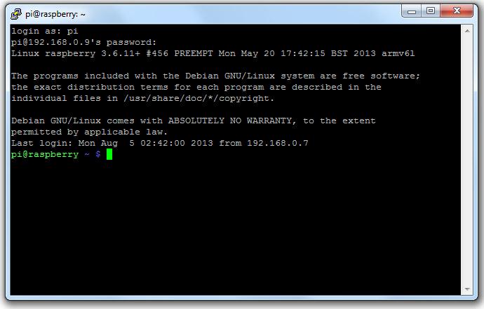 Il server SSH funziona e siamo entrati usando PuTTY.